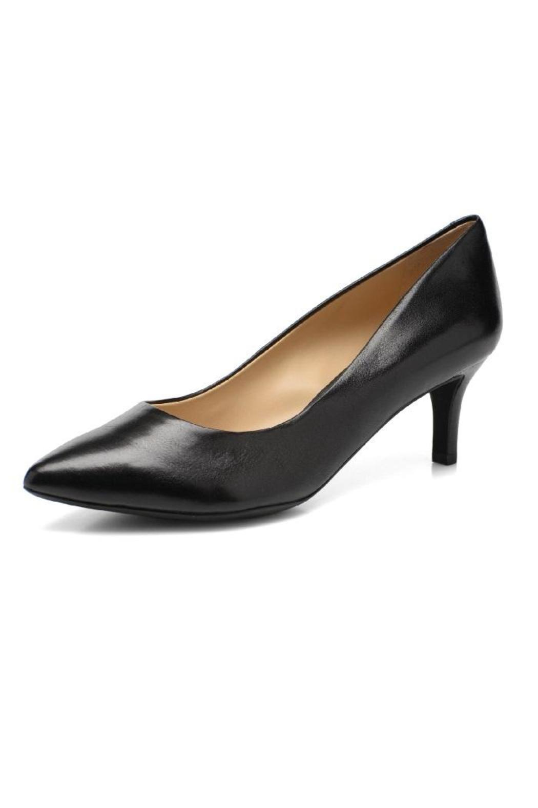 Geox Kitten Heel from Canada by Modern Sole — Shoptiques