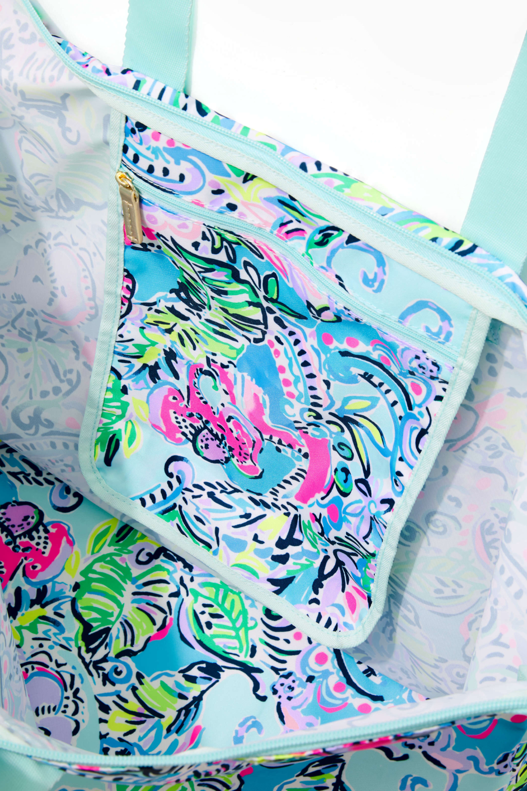 Lilly Pulitzer Getaway Packable Tote - Front Full Image