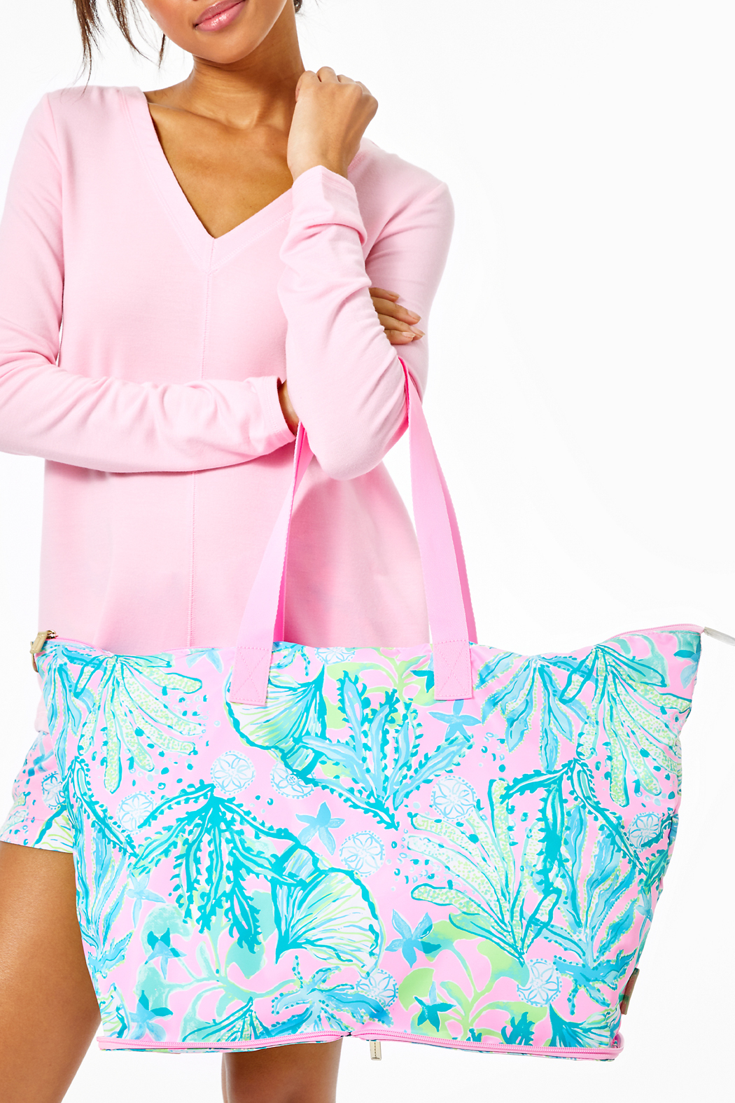 Lilly Pulitzer Getaway Packable Tote - Back Cropped Image