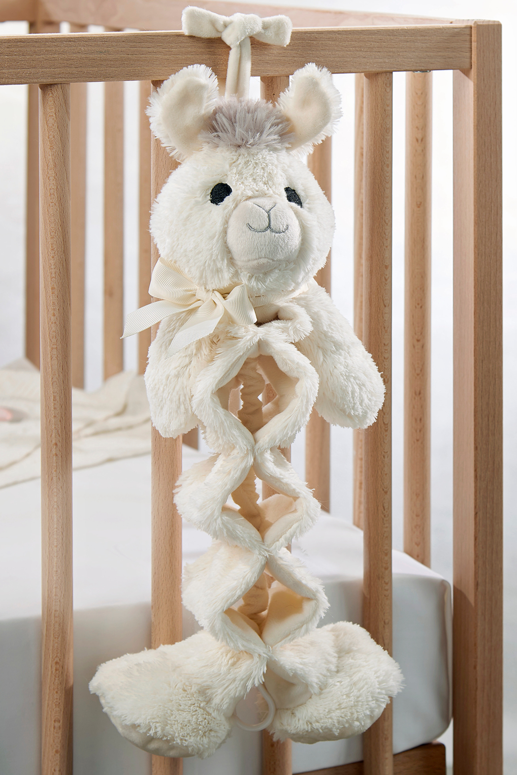 Giftcraft Lil Llama Musical Pull Toy - Front Full Image