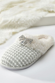 Giftcraft Inc.  Cream Knitted Slippers - Product Mini Image