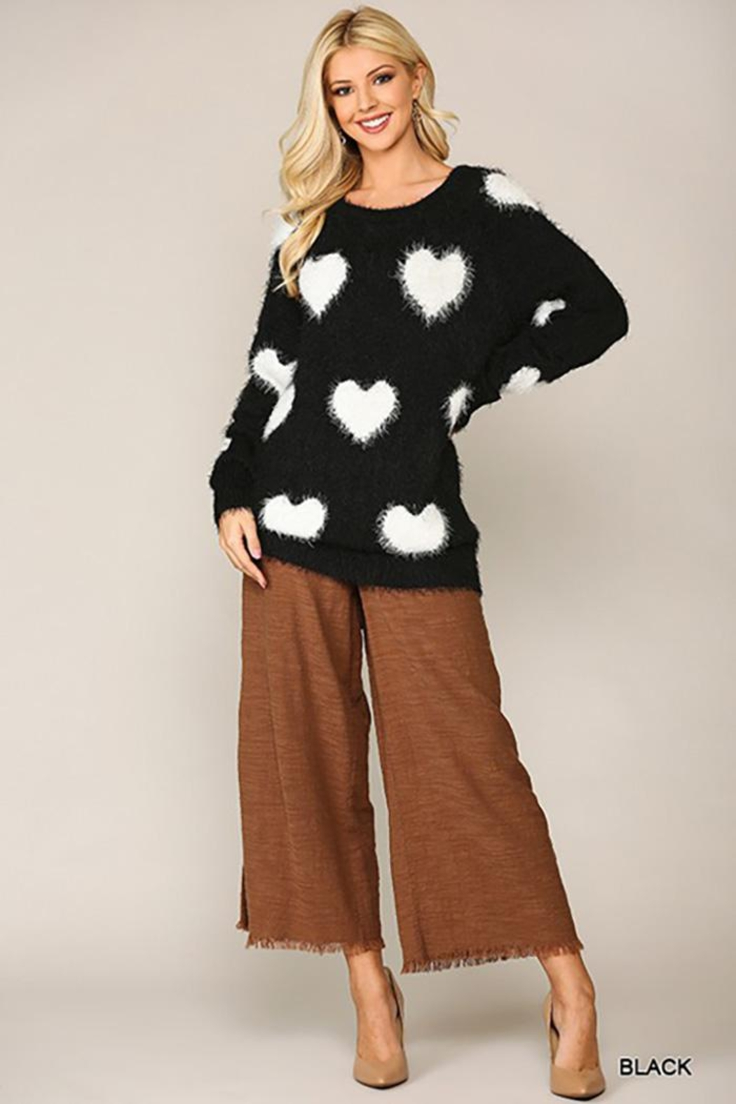 GiGiO Heart Pattern Long Sleeves Soft Sweater Top - Side Cropped Image