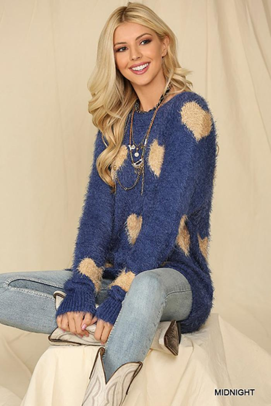 GiGiO Heart Pattern Long Sleeves Soft Sweater Top - Main Image