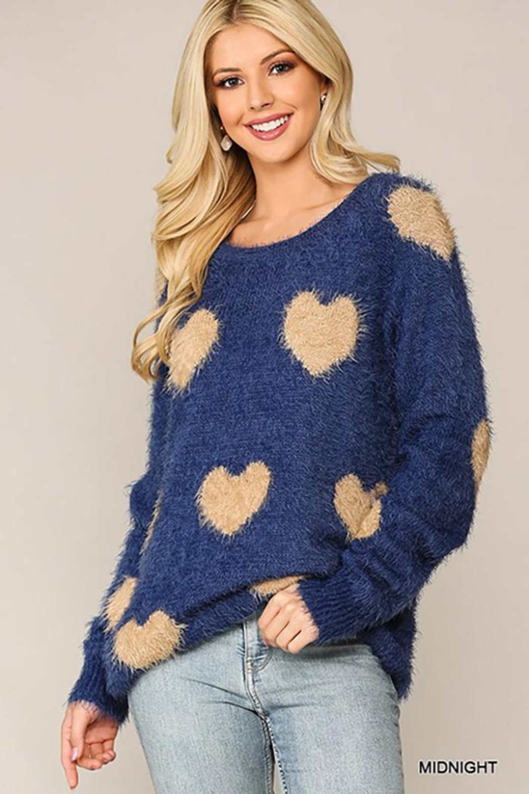 GiGiO Heart Pattern Long Sleeves Soft Sweater Top - Front Full Image