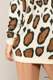GiGiO Leopard Pattern V-Neck Soft Sweater Top - Front full body