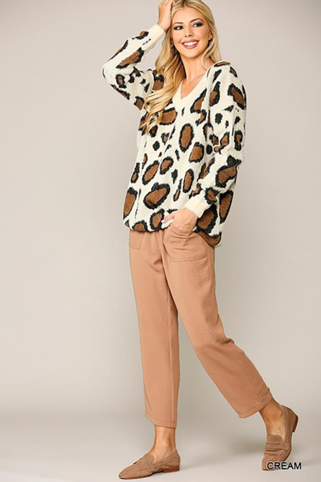 GiGiO Leopard Pattern V-Neck Soft Sweater Top - Back Cropped Image