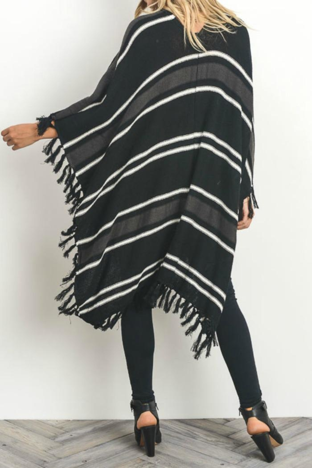 Gilli Button Front Poncho - Back Cropped Image