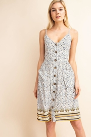 Gilli Dainty Floral Midi - Front cropped