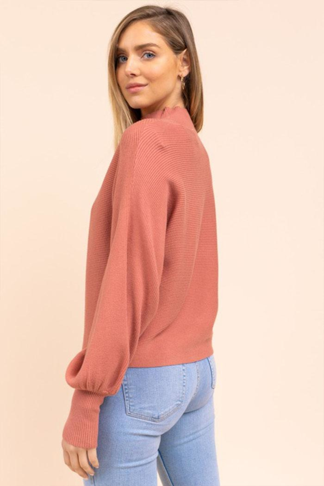 Gilli Dolman Sleeve Sweater - Side Cropped Image