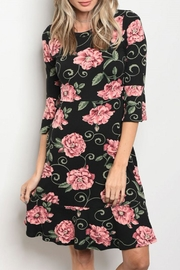 Gilli Floral 3/4 Sleeve - Product Mini Image