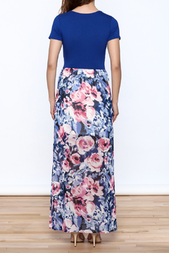 Gilli Blue Floral Maxi Dress - Alternate List Image