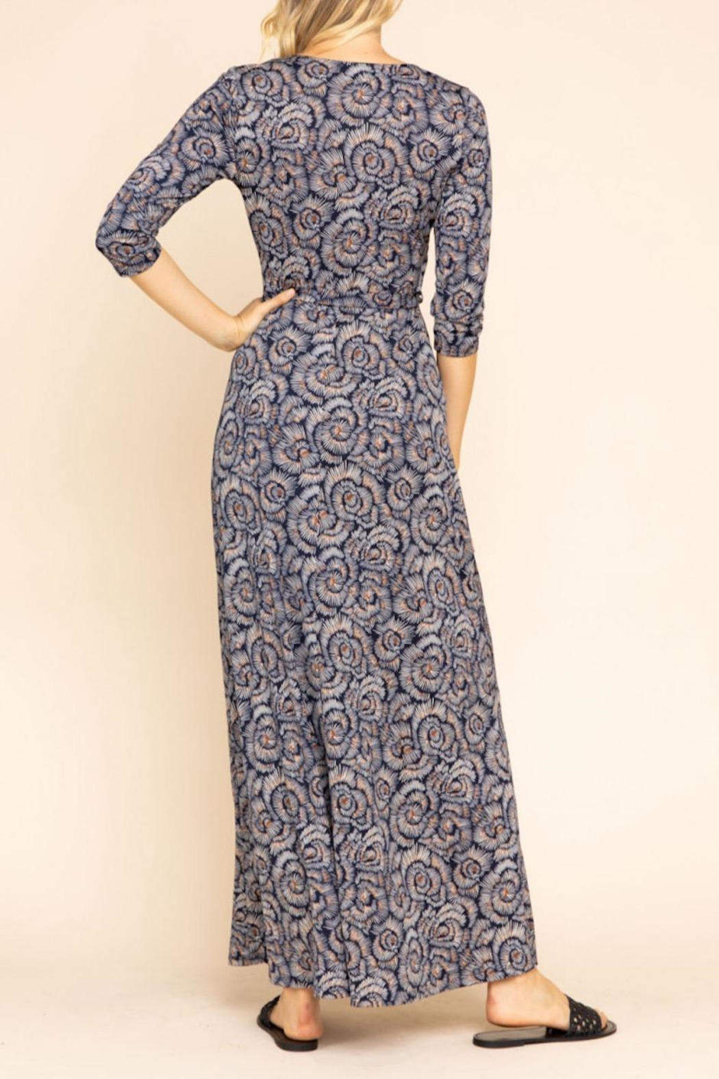Gilli Floral Maxi Dress - Side Cropped Image