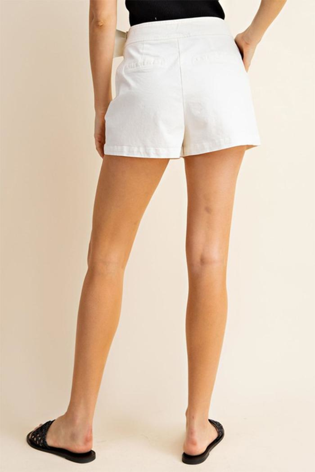 Gilli Front Buckle Shorts - Side Cropped Image
