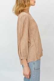 Gilli Grace Blouse - Side cropped