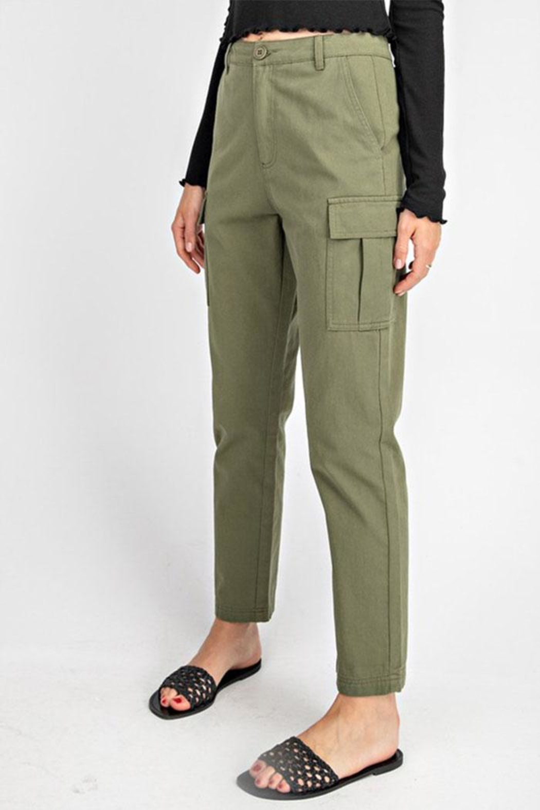 Gilli High-Waisted Cargo Pants - Side Cropped Image