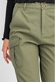 Gilli High-Waisted Cargo Pants - Back cropped