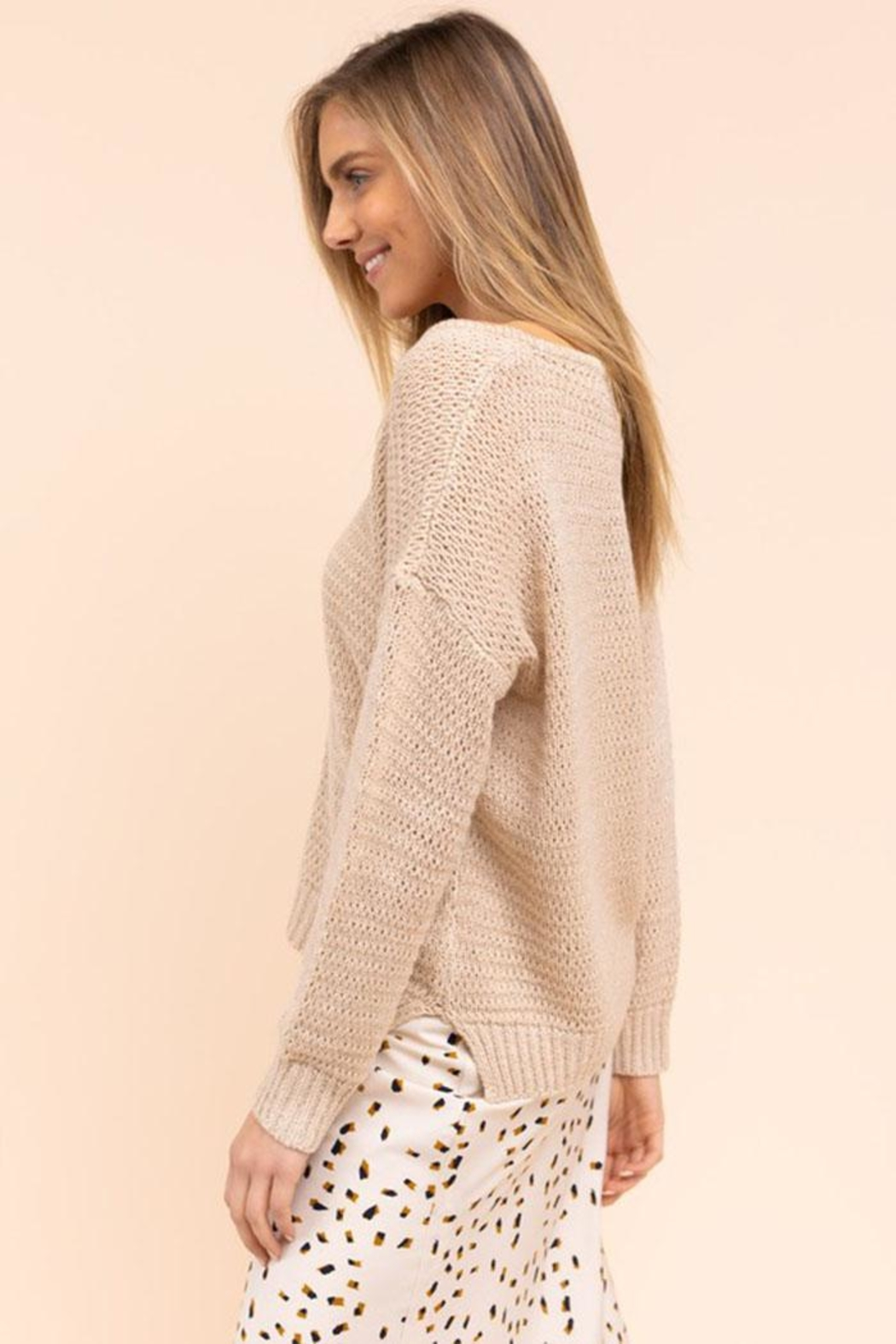 Gilli Loose Knit Sweater - Side Cropped Image