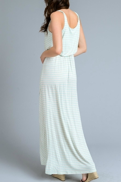 Gilli Mary Maxi Dress - Alternate List Image