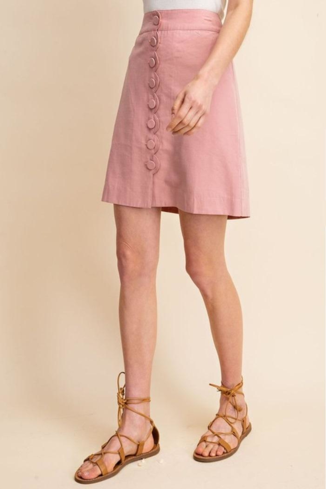 Gilli Scallop Button Skirt - Back Cropped Image