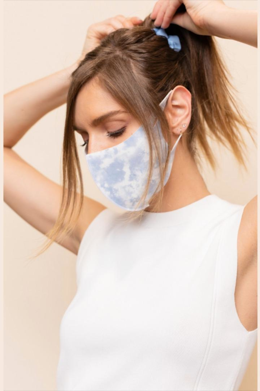 Gilli Tie-Dye Protective Face-Mask - Side Cropped Image