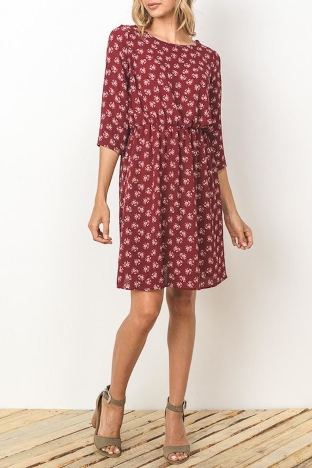 Gilli Wine Floral Dress - Front Cropped Image