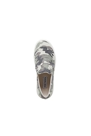 Steve Madden Shoes Gills Camo Sneaker - Side cropped