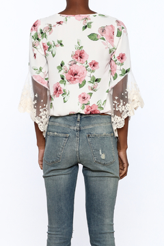 Gina Louise Lovely White Floral Blouse - Alternate List Image