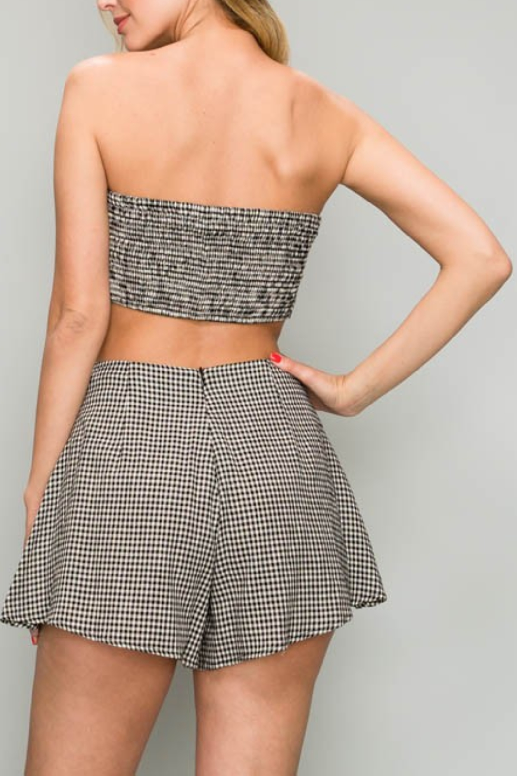 AAKAA Gingham Bandeau Top - Side Cropped Image