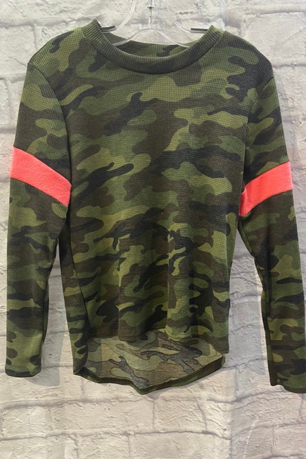 Vintage Havana GIRLS Camo L/S Thermal with pink stripe - Main Image