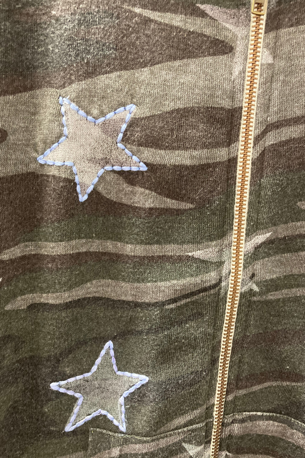 Vintage Havana GIRLS Camo with Embroidered Star full zip hoodie - Side Cropped Image