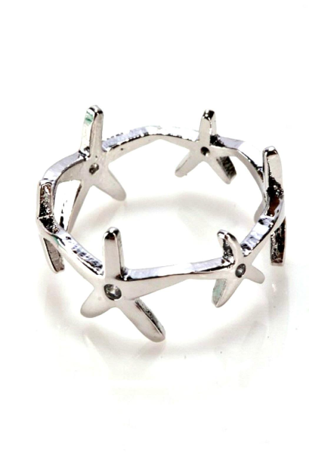 Girly Star Link Ring - Front Cropped Image