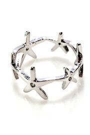 Girly Star Link Ring - Front cropped