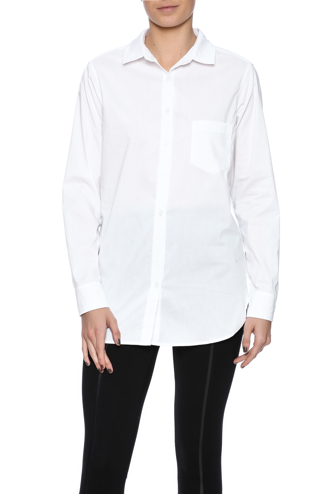 The 6 white shirts you need in your wardrobe. Nothing is more classic than a simple white button-down. I firmly believe this, and the proof is in my closet: I own about 15 of them.
