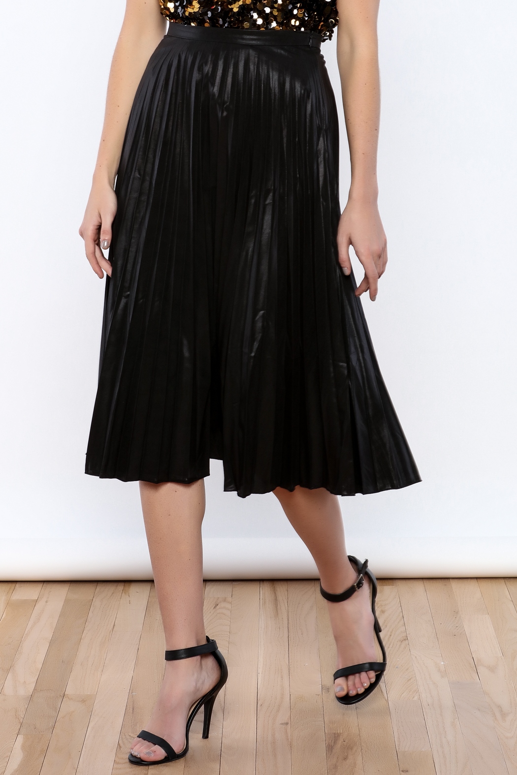 Glamorous Black Pleated Skirt From New York City By Jupe