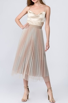 On Twelfth Glitter Tulle Midi Skirt - Alternate List Image