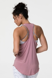 Onzie Glossy Flow Tank - Front full body
