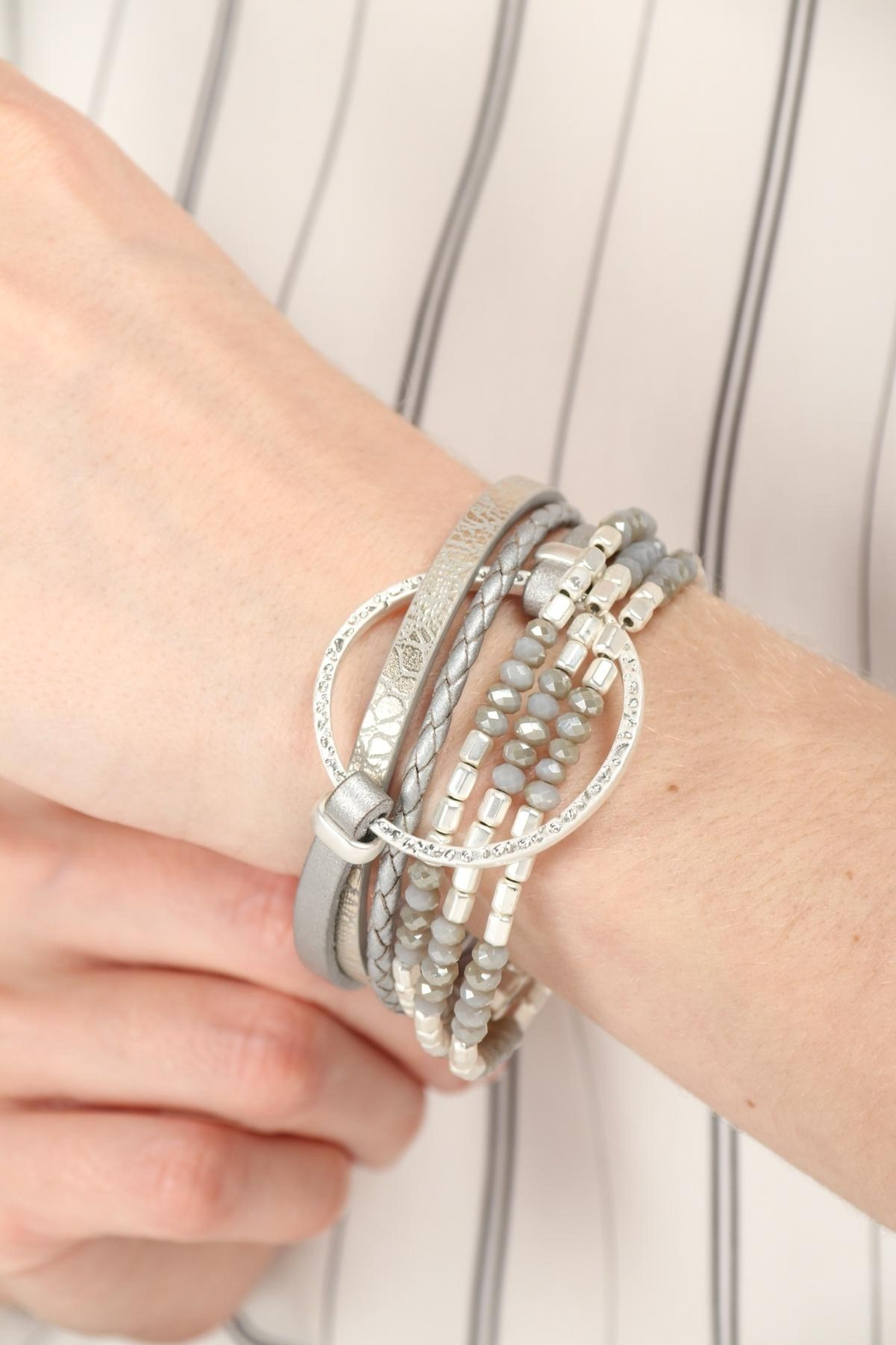 Saachi Go With The Flow Bracelet - Front Cropped Image