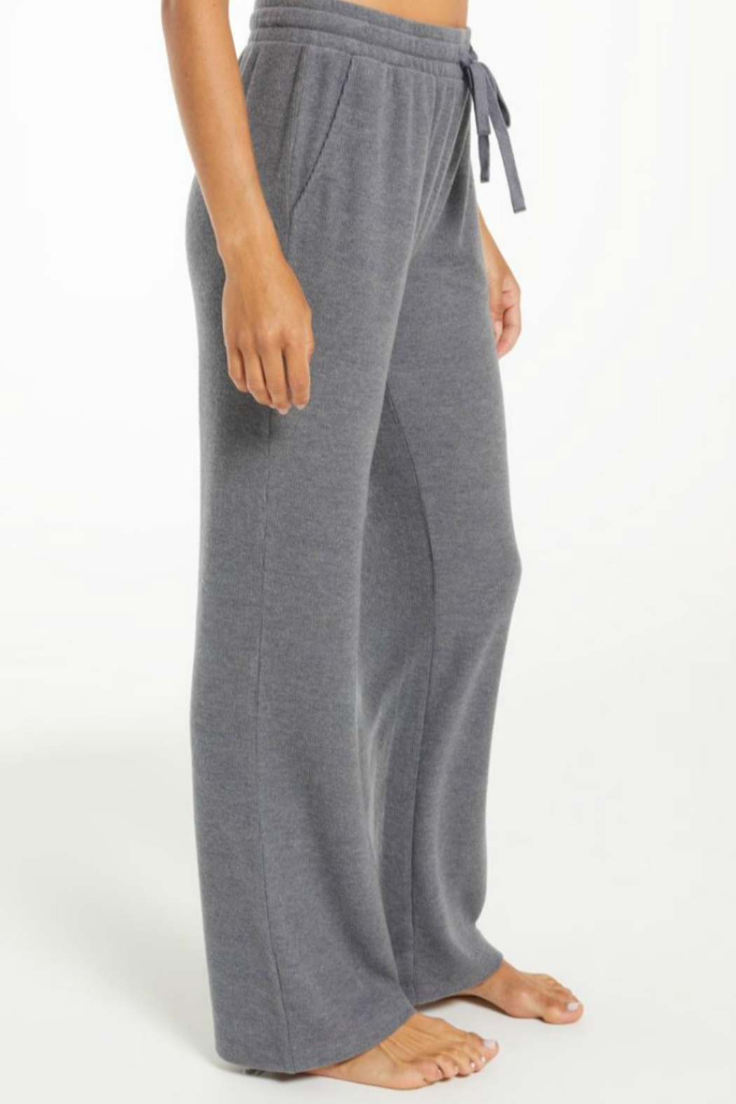 z supply Go With The Flow Pant - Side Cropped Image