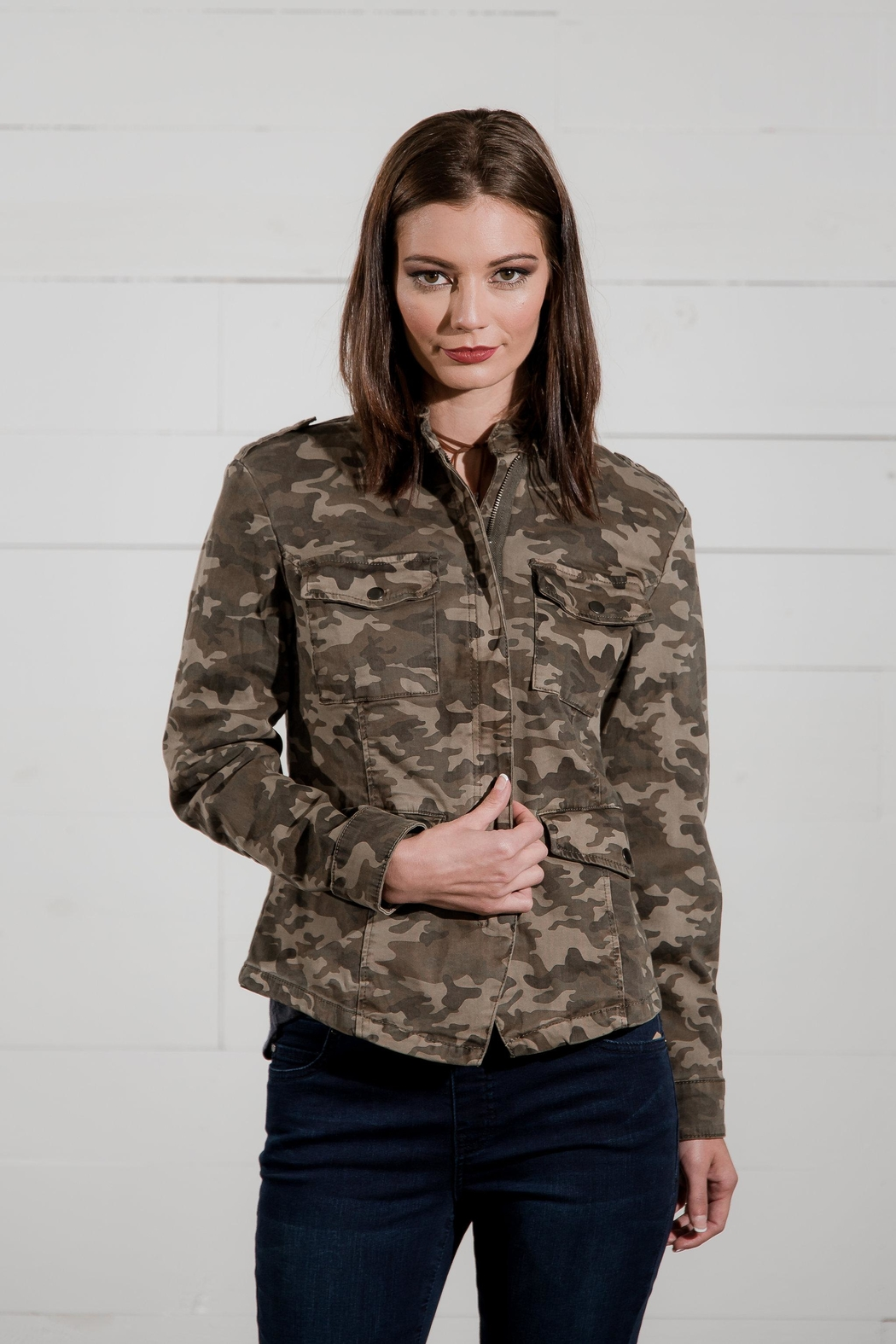 Go Fish Clothing Camo Zip Jacket - Side Cropped Image