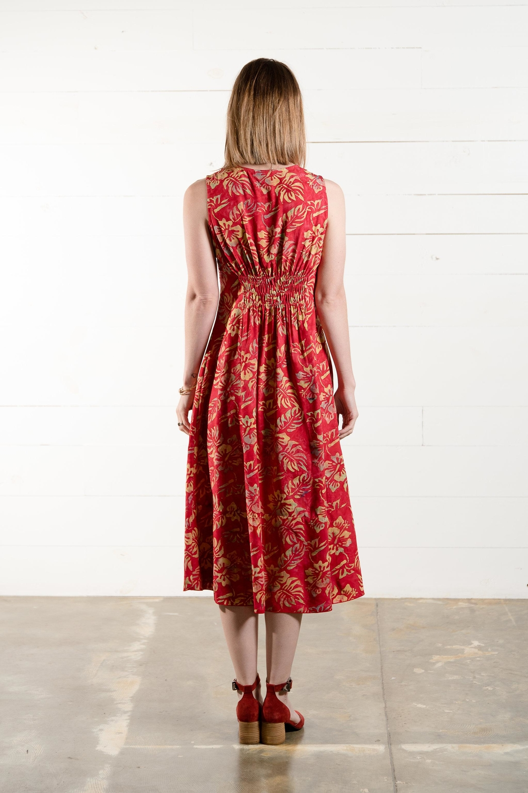 Go Fish Clothing Floral Midi Dress - Side Cropped Image