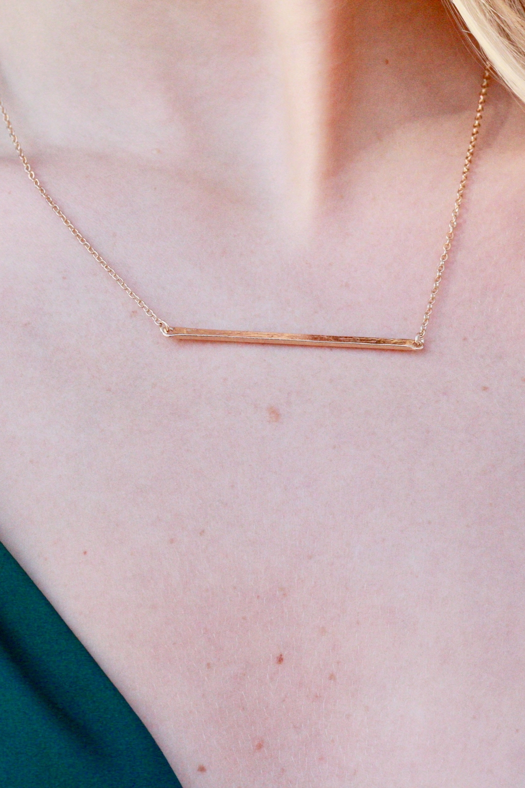CARISIMMA BIJOUX Gold Bar Necklace - Front Full Image