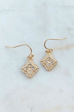 Wild Lilies Jewelry  Gold Clover Earrings - Alternate List Image