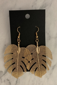 0-105 Gold Leaf Earrings - Alternate List Image