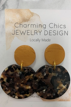 Charming Chics Golden Burst Earrings - Alternate List Image