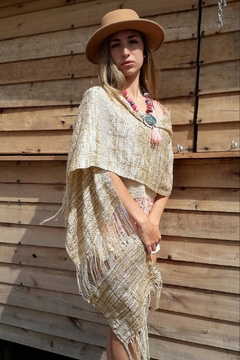 De Mil Amores Buenos Aires Golden Luxury Wrap - Product List Image