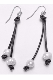 Twisted Designs Freshwater Pearl Earrings - Front cropped