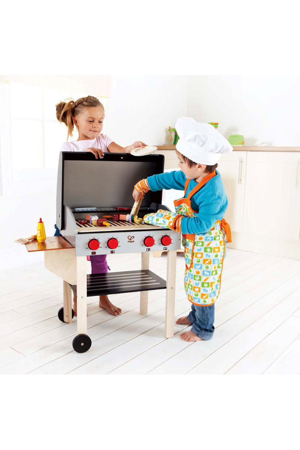 Hape Gourmet Grill - Front Full Image