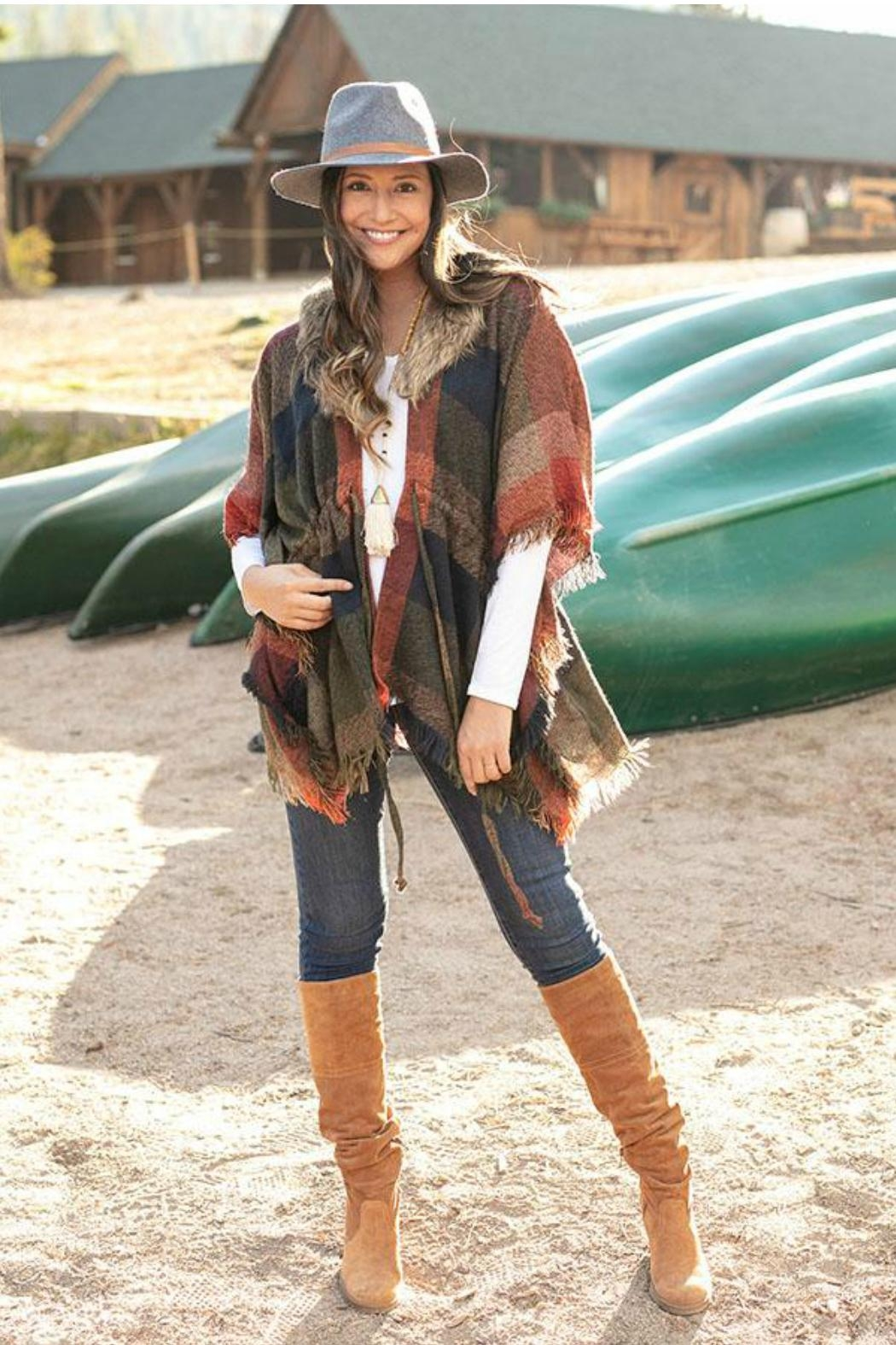 Grace & Lace Faux-Fur Collar Poncho - Side Cropped Image