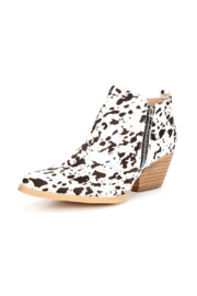 Very Volatile Gracemont Western Bootie - Front cropped