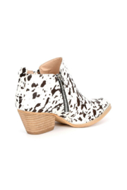 Very Volatile Gracemont Western Bootie - Front full body